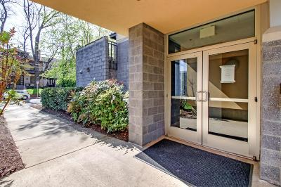 Nashville Condo/Townhouse Under Contract - Showing: 1101 18th Ave S Apt 401