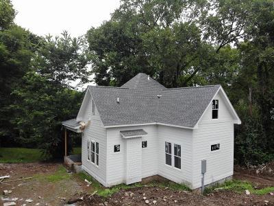Nashville Single Family Home For Sale: 2228 B Cruzen Street