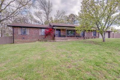 Nashville Single Family Home For Sale: 630 Stanvid Drive