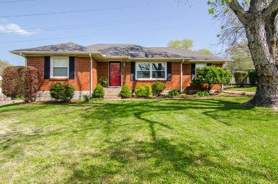 Nashville Single Family Home For Sale: 3112 Cloverwood Dr