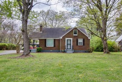 Davidson County Single Family Home For Sale: 707 Currey Rd