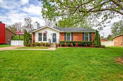 Nashville Single Family Home For Sale: 804 Ember Lake Dr.