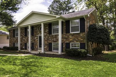 Nashville Single Family Home For Sale: 477 Westcrest Dr