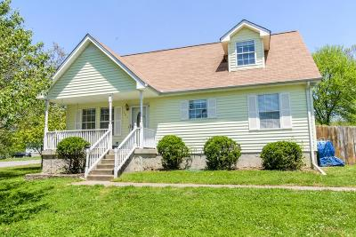 Lavergne Single Family Home Under Contract - Showing: 101 Wortham Ct