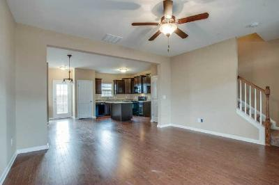 Spring Hill  Single Family Home For Sale: 306 Oldbury Lane