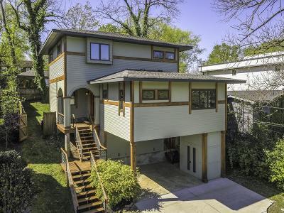 Davidson County Single Family Home For Sale: 1516 Boscobel St