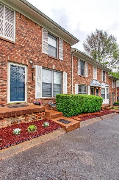 Nashville Condo/Townhouse Under Contract - Showing: 502 Hickory Villa Dr