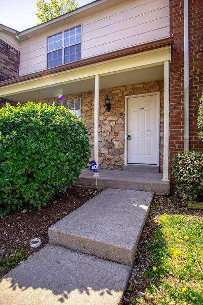 Nashville Condo/Townhouse Under Contract - Showing: 1312 Massman Dr