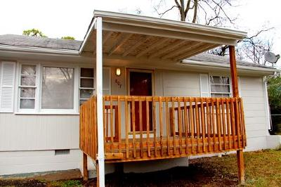 East Nashville Single Family Home Active - Showing: 807 Petway Ave