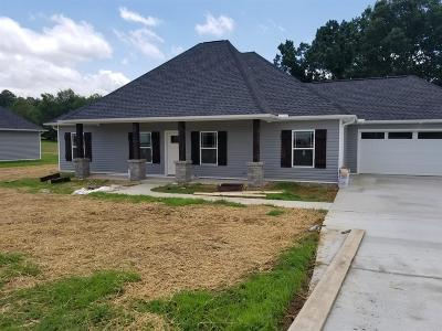 White Bluff Single Family Home Active - Showing: 106 Wagners Way