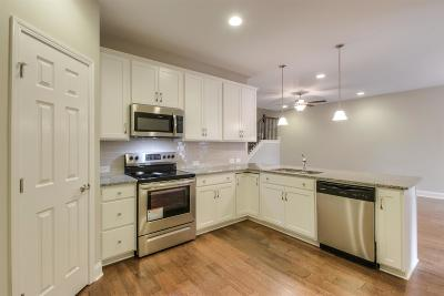 Franklin Single Family Home For Sale: 4054 Portage Street
