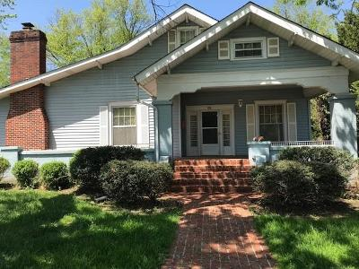 Smithville Single Family Home Active - Showing: 307 S College St