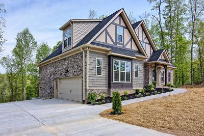 White Bluff TN Single Family Home Under Contract - Showing: $399,900