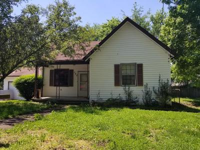 Clarksville Single Family Home Active - Showing: 127 Lawn St
