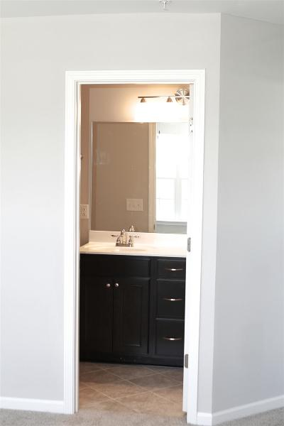 Spring Hill Condo/Townhouse Active - Showing: 105 Dursley Lane L 37