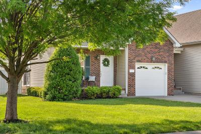Montgomery County Single Family Home Under Contract - Showing: 3730 Meadow Ridge Lane