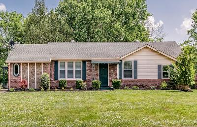 Goodlettsville Single Family Home For Sale: 410 Gates Rd