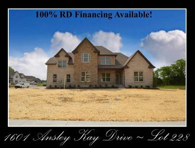 Single Family Home Under Contract - Showing: 1601 Ansley Kay Drive - Lot 228