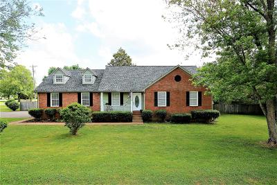 Thompsons Station TN Single Family Home For Sale: $299,999