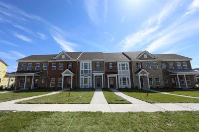 Spring Hill Condo/Townhouse For Sale: 105 Mary Ann Circle #53