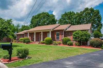 Nashville Single Family Home For Sale: 3405 Lanawood Ct