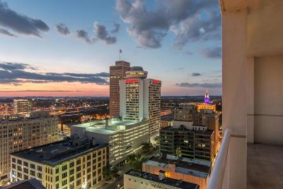 Nashville Condo/Townhouse Active - Showing: 555 Church St Apt 2304 #2304