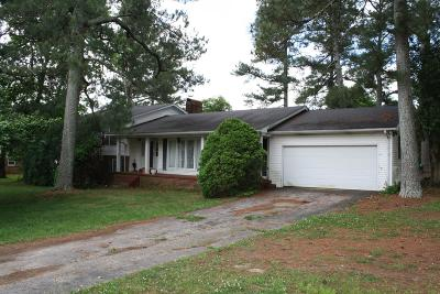 Lawrenceburg Single Family Home Active - Showing: 1713 Deer Hollow Dr