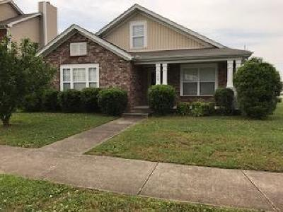 Davidson County Single Family Home For Sale: 179 Sophie Dr