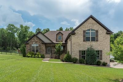 Mount Juliet Single Family Home Under Contract - Showing: 605 Butternut Trl