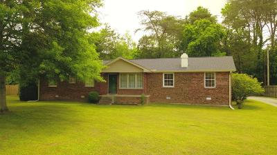Pegram Single Family Home Under Contract - Showing: 5034 Leann Dr
