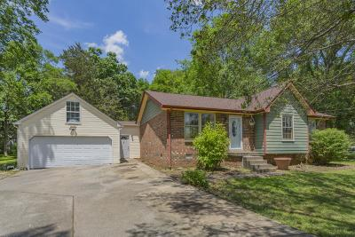 Smyrna Single Family Home Active - Showing: 624 Clear Cir