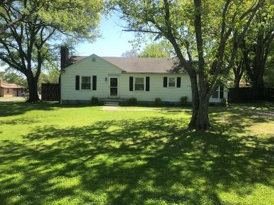 Smyrna, Lascassas Single Family Home Under Contract - Showing: 414 Fairview Ave