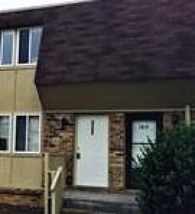 Davidson County Condo/Townhouse Active - Showing: 1021 Harold Dr