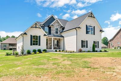 Robertson County Single Family Home Under Contract - Showing: 2054 Stratford Lane