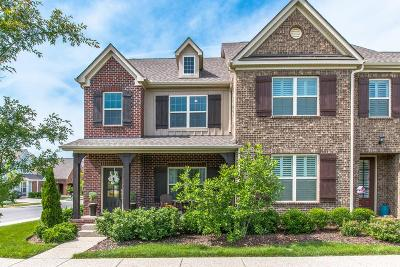 Franklin Single Family Home Under Contract - Showing: 4001 Viola Ln