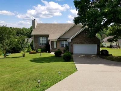 Dickson Single Family Home Active - Showing: 116 Pheasant Hollow Road