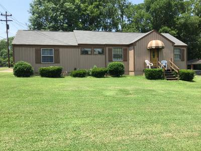 Madison Single Family Home Active - Showing: 820 Vantrease Rd
