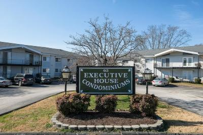 Franklin Condo/Townhouse Under Contract - Not Showing: 613 Hillsboro Rd Apt B28 #B-28