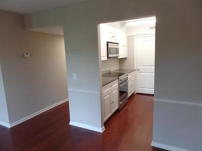 Nashville Condo/Townhouse Active - Showing: 5025 Hillsboro Pike Apt 14x