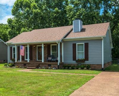 Nashville Single Family Home Active - Showing: 968 Beech Bend Dr