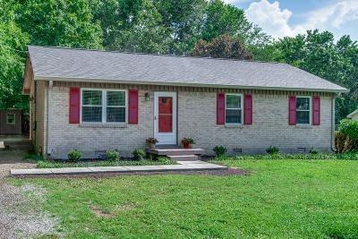 Pegram Single Family Home For Sale: 5615 Harpeth Haven Dr