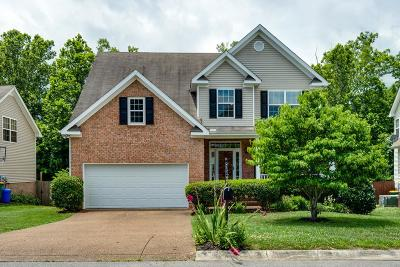 Thompsons Station  Single Family Home For Sale: 1024 Watauga Ct