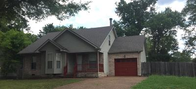 Old Hickory Single Family Home For Sale: 613 Kingsway Drive