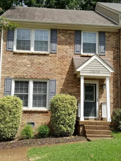 Nashville TN Single Family Home Under Contract - Not Showing: $185,000