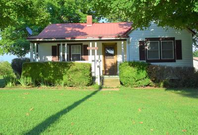 Woodlawn Single Family Home Under Contract - Showing: 2611 Liverpool Rd