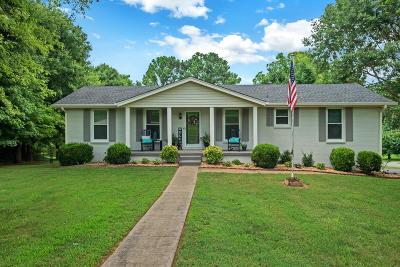 Mount Juliet Single Family Home For Sale: 801 Green Valley Rd