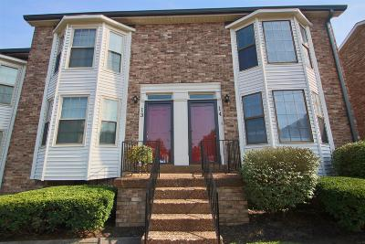 Hendersonville Condo/Townhouse For Sale: 250 Sanders Ferry Rd Apt 14 #14