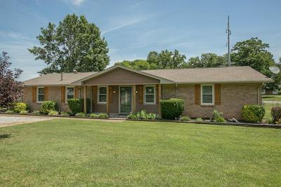 Smyrna TN Single Family Home Under Contract - Showing: $239,900