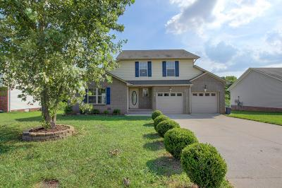 Clarksville Single Family Home For Sale: 1560 Apache Way