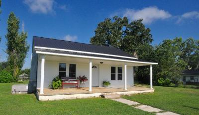 Ethridge Single Family Home Under Contract - Showing: 107 Foster Ave